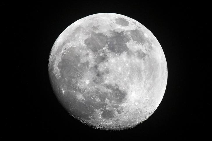 Фото №1 - НАСА обнародовало планы о дате высадки на Луну