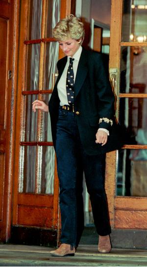 Фото №6 - Принцесса в джинсах: как Диана носила деним