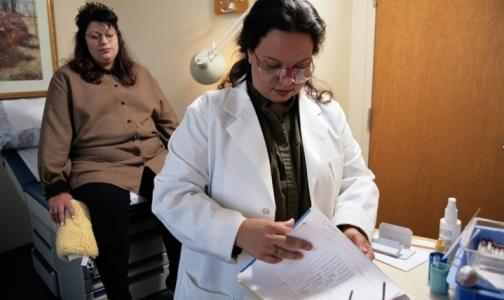 Фото №1 - ВЦИОМ: россиянам больше нравится лечиться в федеральных медучреждениях