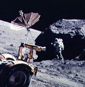 Фото №1 - Бывшие сотрудники NASA расскажут о руинах на Луне
