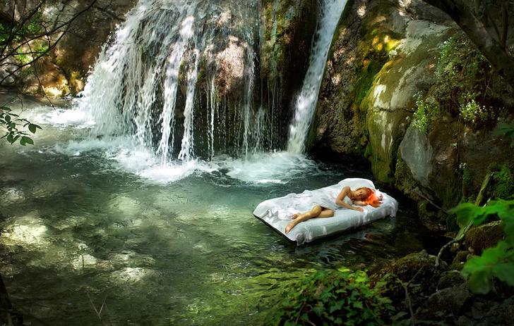 Фото №1 - Ученые объяснили, почему под шум воды так хорошо спится