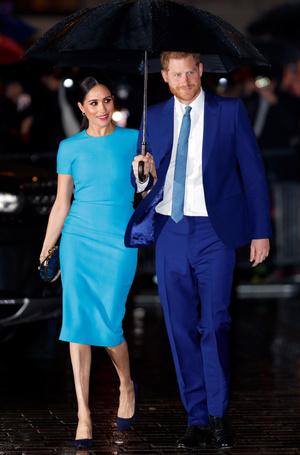 Фото №7 - Прощай, Корона: лучшие образы герцогини Меган в 2020 году