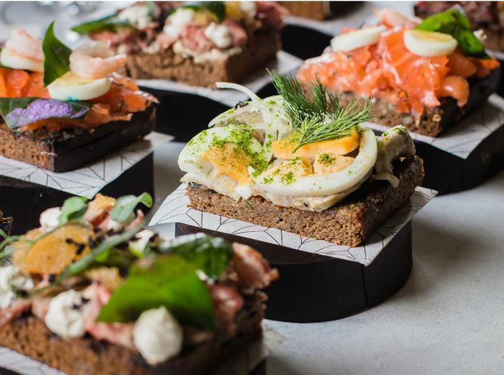 Фото №2 - Сморреброд: 5 рецептов популярного датского блюда