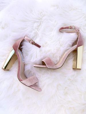 Фото №6 - В тренде: какую обувь носить осенью 2020