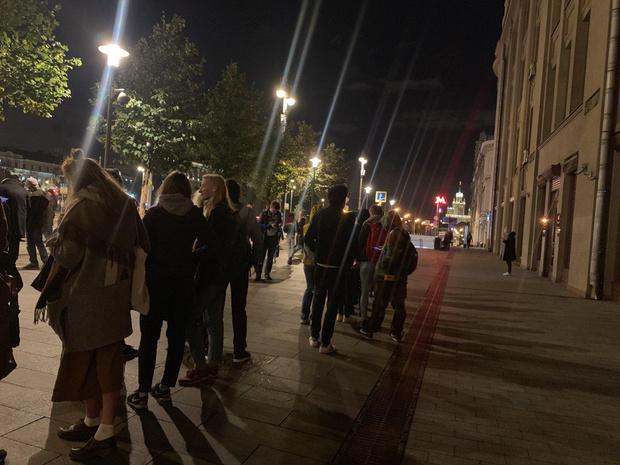 Фото №18 - В Москве началась серия одиночных пикетов в поддержку осуждённого на 3,5 года Павла Устинова (фото и видео)