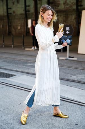 Фото №2 - Мюли вернулись: с чем сейчас носить культовую обувь 90-х