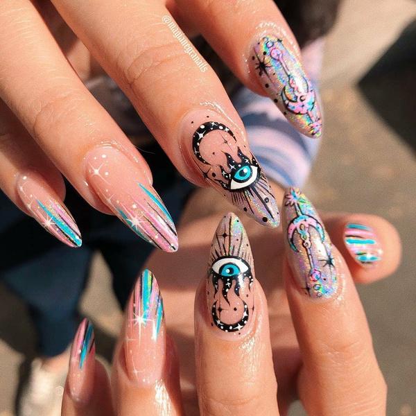 Фото №14 - Позалипать и вдохновиться: 45 крутых идей маникюра для длинных ногтей 💅