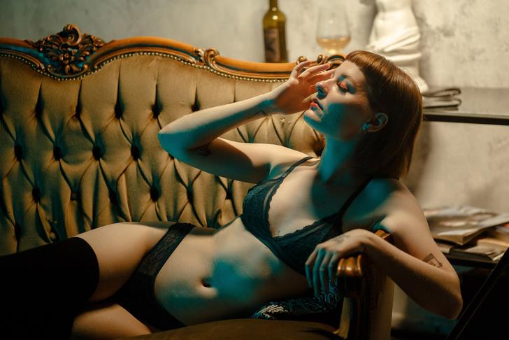 Фото №20 - #Нюдсочетверг: откровенные фотографии самых красивых девушек из «Твиттера». Выпуск 24