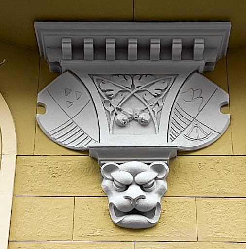 Фото №10 - Лицевая сторона: пражские декоративные рельефы