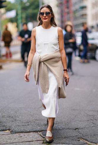 Фото №6 - Как носить белый цвет летом: 4 стильных приема