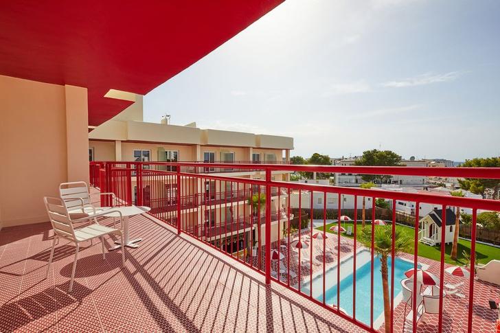 Фото №5 - Дикий Запад: отель Romeo's Motel & Diner на Ибице