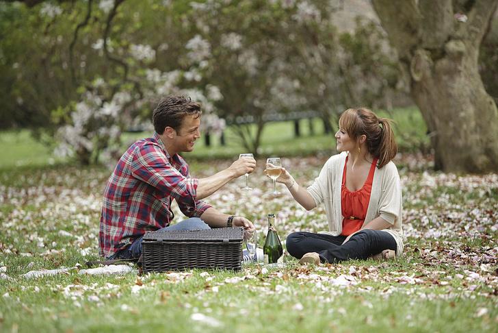Фото №1 - Куда смотрят мужчины и женщины, оценивая собеседника