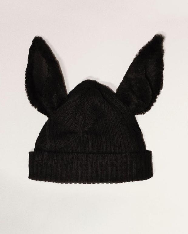 Фото №3 - В мире животных: забавные шапки и капюшоны Burberry с ушами