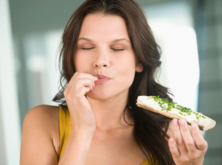 Фото №1 - Почему я такая голодная: что происходит, когда хочется есть