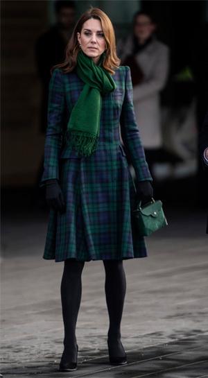 Фото №27 - Пальто на весну, как у Кейт Миддлтон: где найти самые актуальные модели