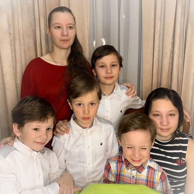 Фото №2 - Уполномоченная по правам детей в седьмой раз стала мамой