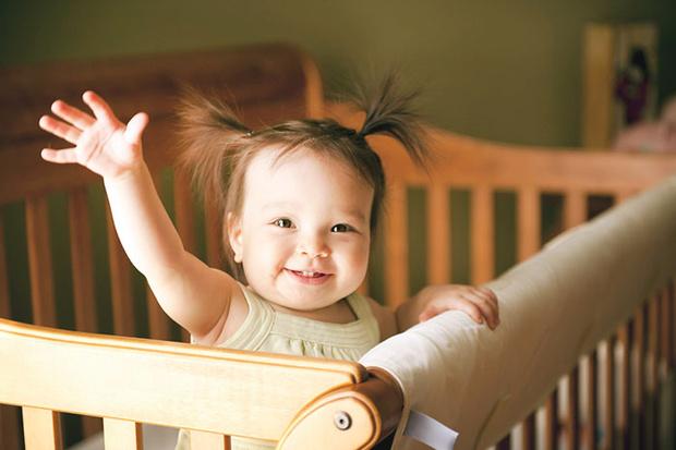 Фото №2 - Ребенок-жаворонок: как поспать с утра подольше