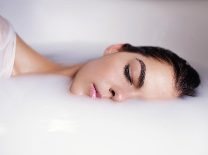 Фото №3 - Что происходит с кожей, пока вы спите (и как получать от этого только пользу)