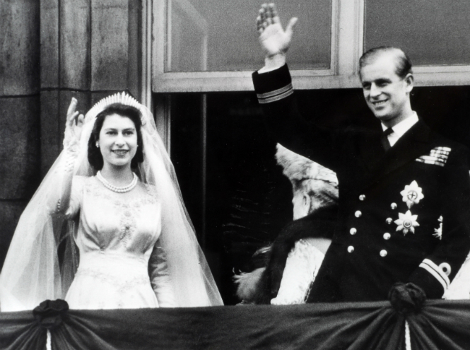 Фото №2 - 12 знаменитых королевских свадеб