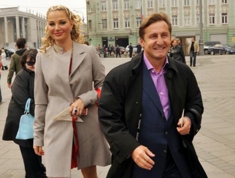 Первой большой любовью Марии Максаковой стал бизнесмен на 19 лет ее старше — Владимир Тюрин