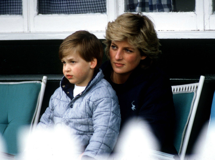Фото №1 - Неисполненная клятва: что принц Уильям пообещал Диане за год до ее гибели