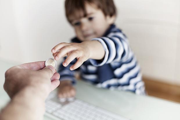 Фото №4 - Карманные деньги у детей: сколько, когда и зачем