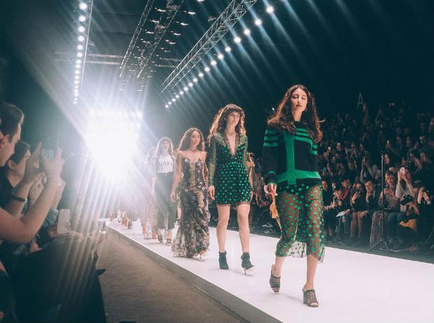 Фото №5 - Третий день Mercedes-Benz Fashion Week Russia 2017