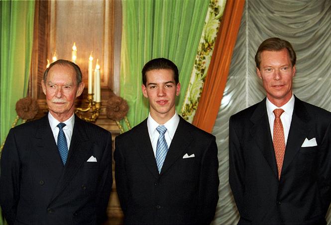 Фото №15 - Короли на пенсии: 8 монархов, которые отреклись в пользу детей