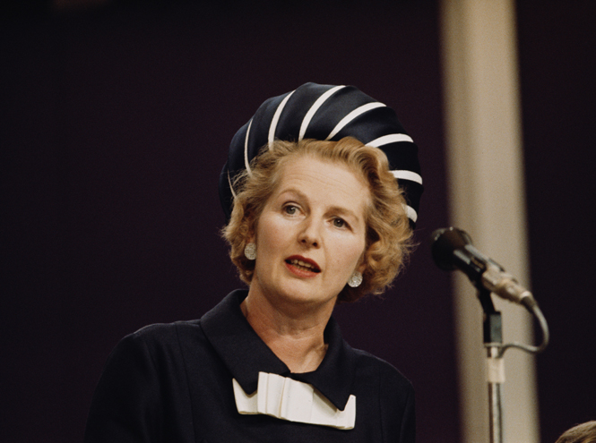 Фото №8 - «Дипломатия сумочки»: женщины в большой политике