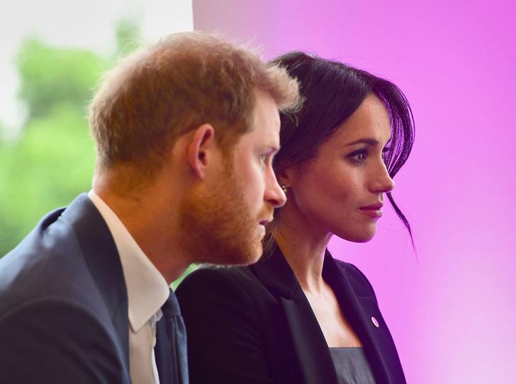 Фото №1 - Что не нравится Меган и Гарри в их королевском статусе