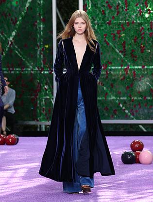 Фото №36 - Неделя Высокой моды в Париже: Dior Couture AW2015/16