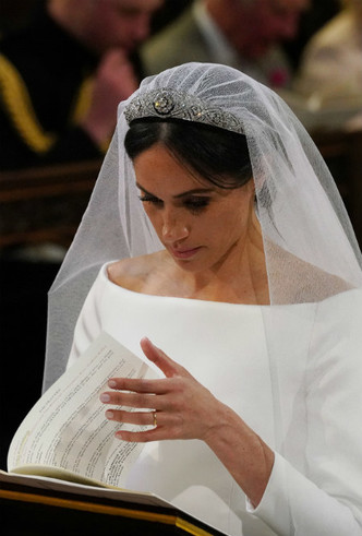 Фото №4 - Невеста с претензиями: за что Меган обиделась на Королеву перед свадьбой
