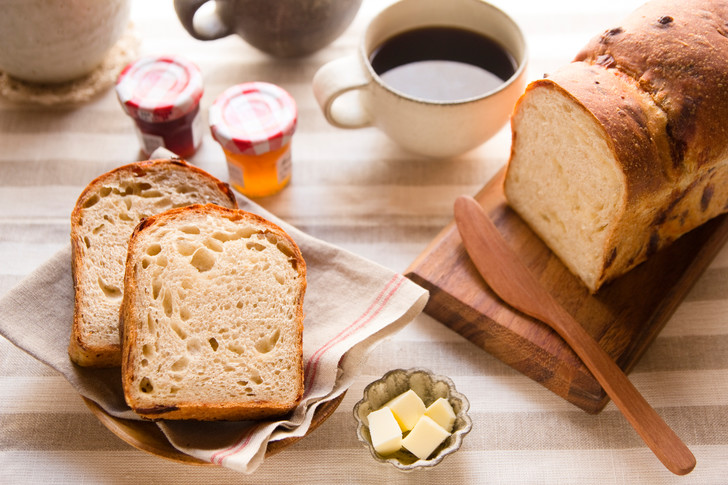 Фото №2 - Как испечь хлеб в духовке в домашних условиях