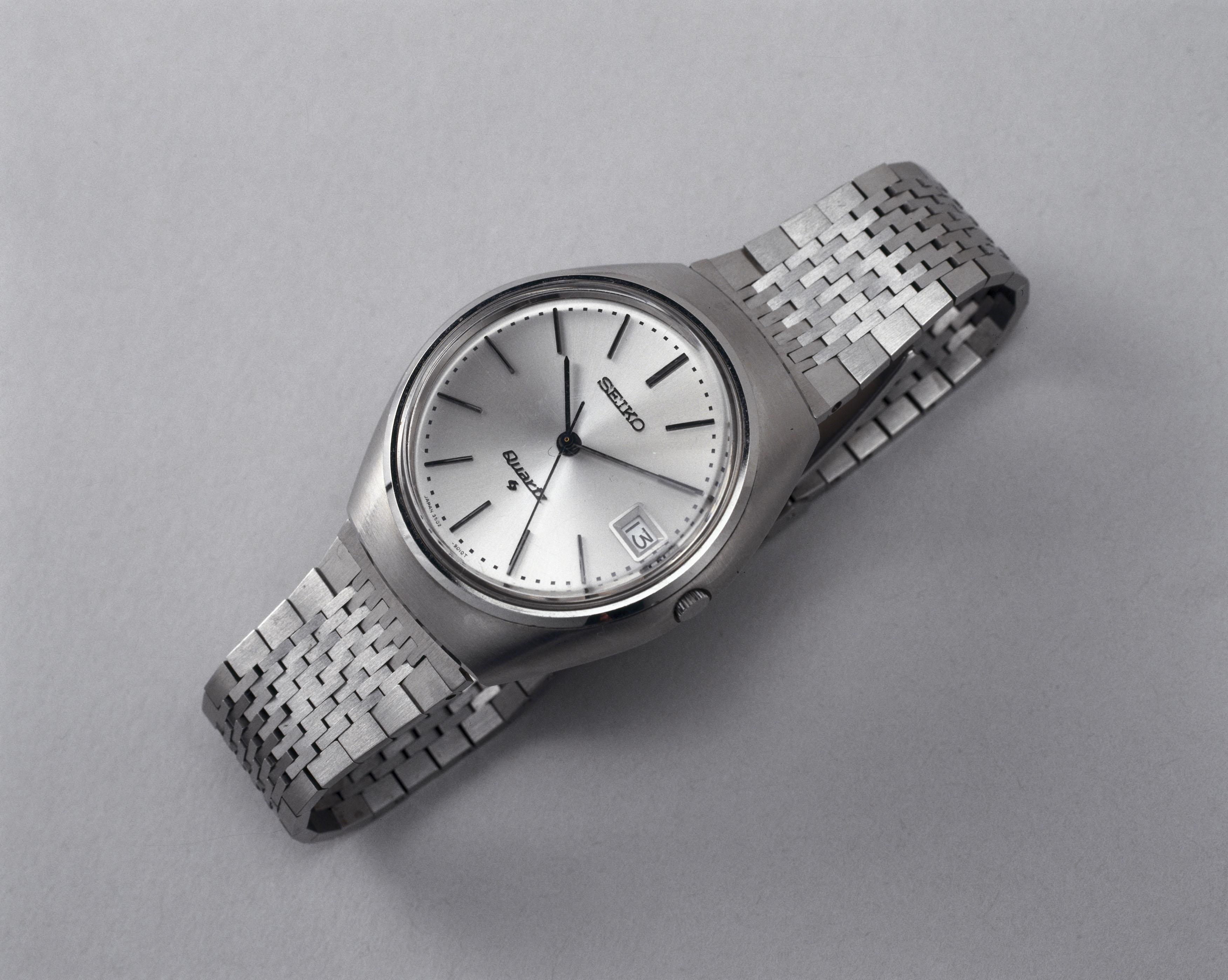 Дарят ли мужчинам часы для