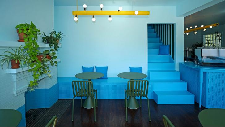Фото №2 - Голубое кафе Tipico Coffee в Буффало
