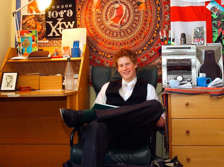 Фото №2 - Как принц Гарри жил во время учебы в Итоне
