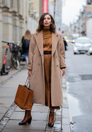 Фото №9 - С чем носить бежевое пальто: модные идеи на любой случай