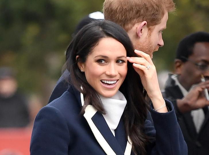 Фото №2 - Секретные символы: как Меган Маркл отдает дань уважения Королеве