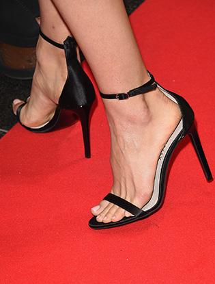 Фото №7 - Образ дня: Натали Портман в Dior на кинофестивале в Торонто