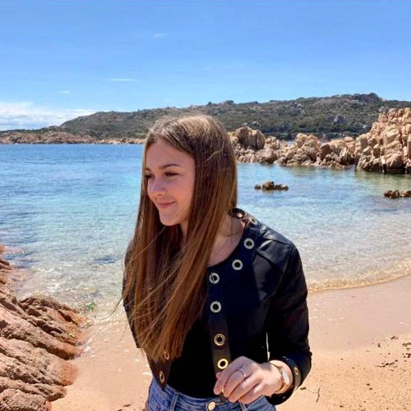 Фото №2 - 16-летняя дочь Лики Стар госпитализирована после страшной аварии