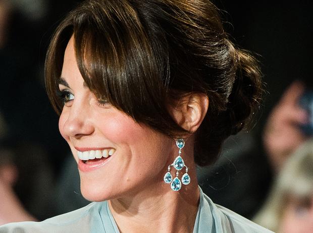 Фото №9 - Из простолюдинок в аристократки: как Кейт Миддлтон изменилась за 10 лет рядом с Королевой