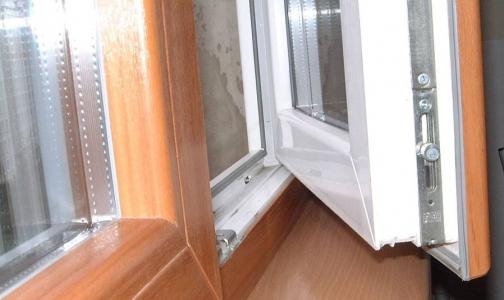Фото №1 - Как чувствует себя 3-летний мальчик выпавший из окна во Фрунзенском районе