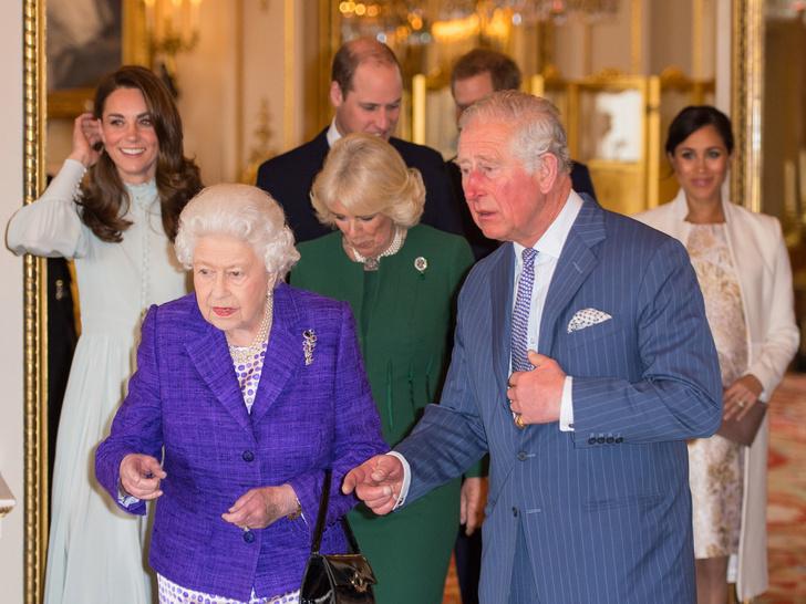 Фото №3 - Какое обещание принц Чарльз дал Королеве (и почему собирается его нарушить)
