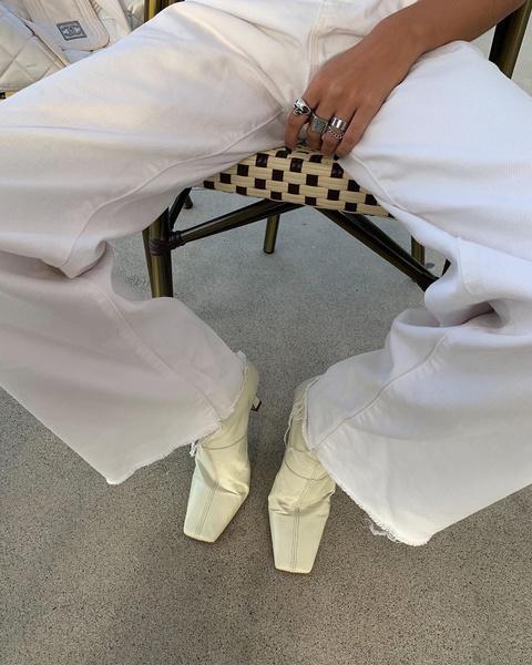 Фото №1 - Обувь с квадратным мысом: как носят фэшн-блогеры 👢