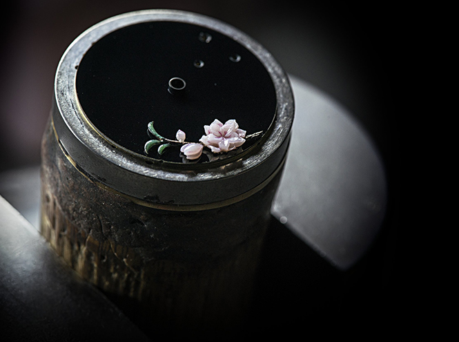 Фото №3 - Магия создания часов Mademoiselle Prive Glyptique от Chanel