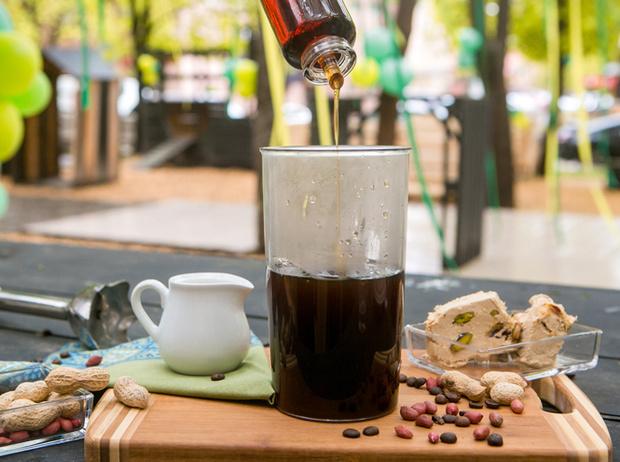Фото №7 - Мятный, десертный, газированный: три рецепта холодного кофе для жаркого лета