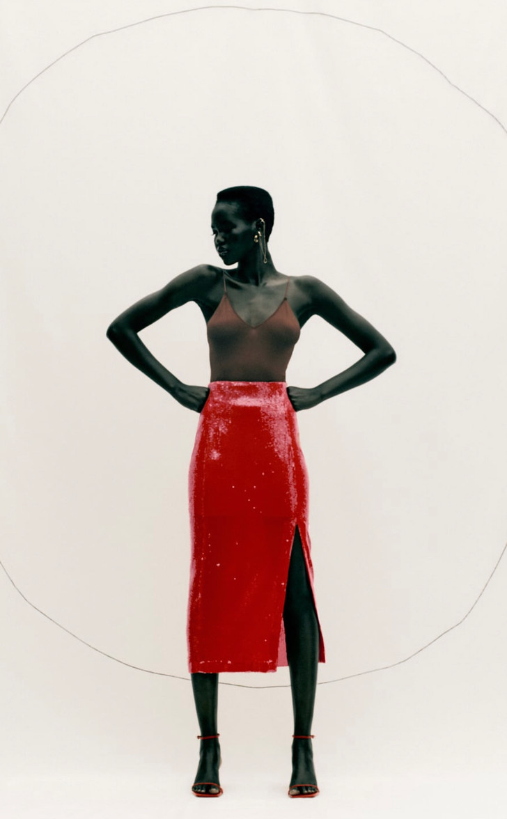 Фото №4 - Это все о страсти: Zara выпустила коллекцию полностью в красном цвете