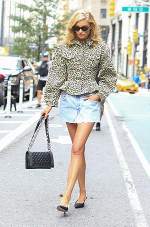 Фото №12 - Как носить самые модные юбки сезона: мастер-класс от звезд street style хроник