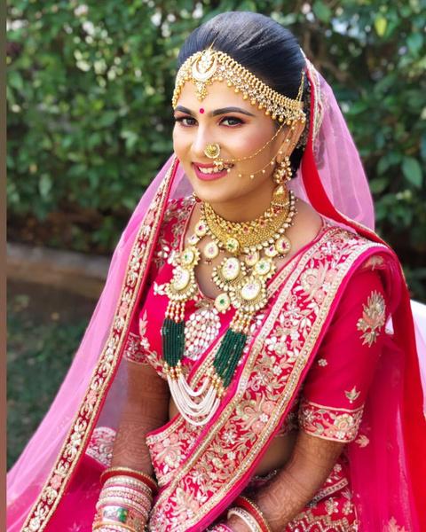 Фото №1 - 16 процедур, без которых индийскую невесту не выдадут замуж
