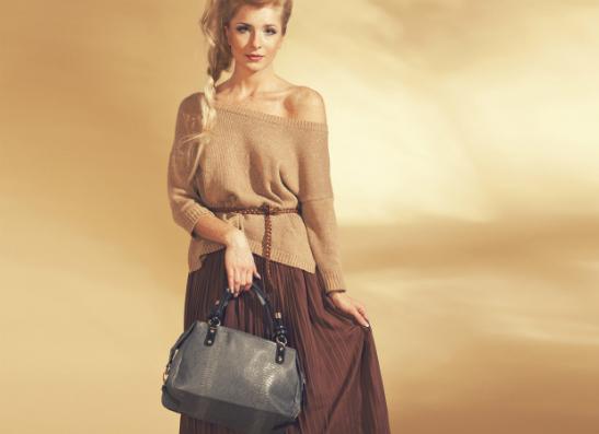 Фото №1 - Orsaoro представляет кожаные сумки «под змею»